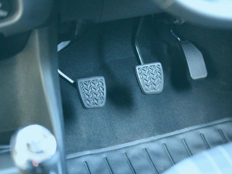 車用大電流繼電器測試系統